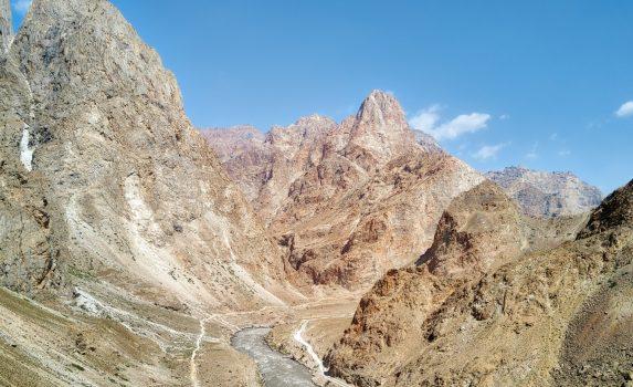 パミール・ハイウェイ タジキスタンの風景
