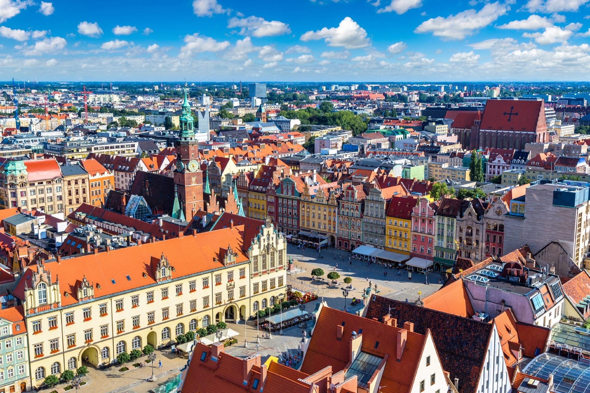 ヴロツワフのマーケット広場 夏のポーランドの風景