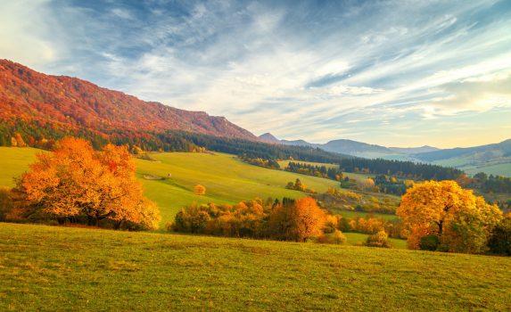 秋のスロフ・ロックス国立自然保護区 スロバキアの風景