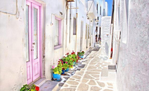 ミコノス島の路地の風景 ギリシャの風景