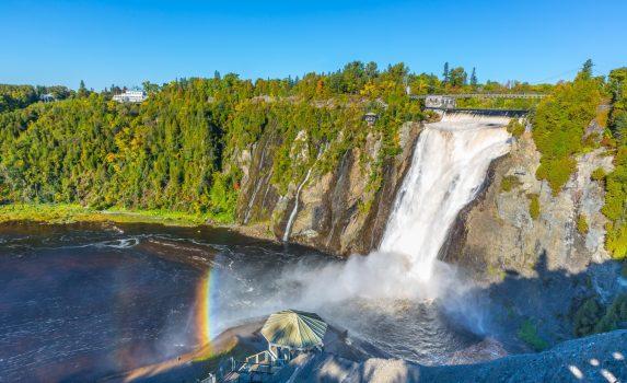 モンモランシーの滝 カナダの風景