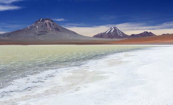 レヒア湖の風景 チリの風景