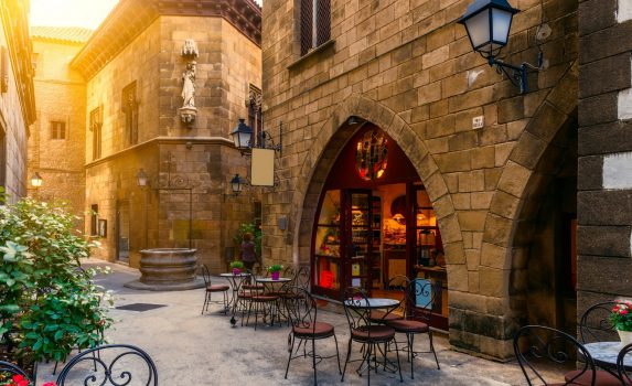 バルセロナの伝統的な建築物 ポブレ・エスパニョール スペインの風景