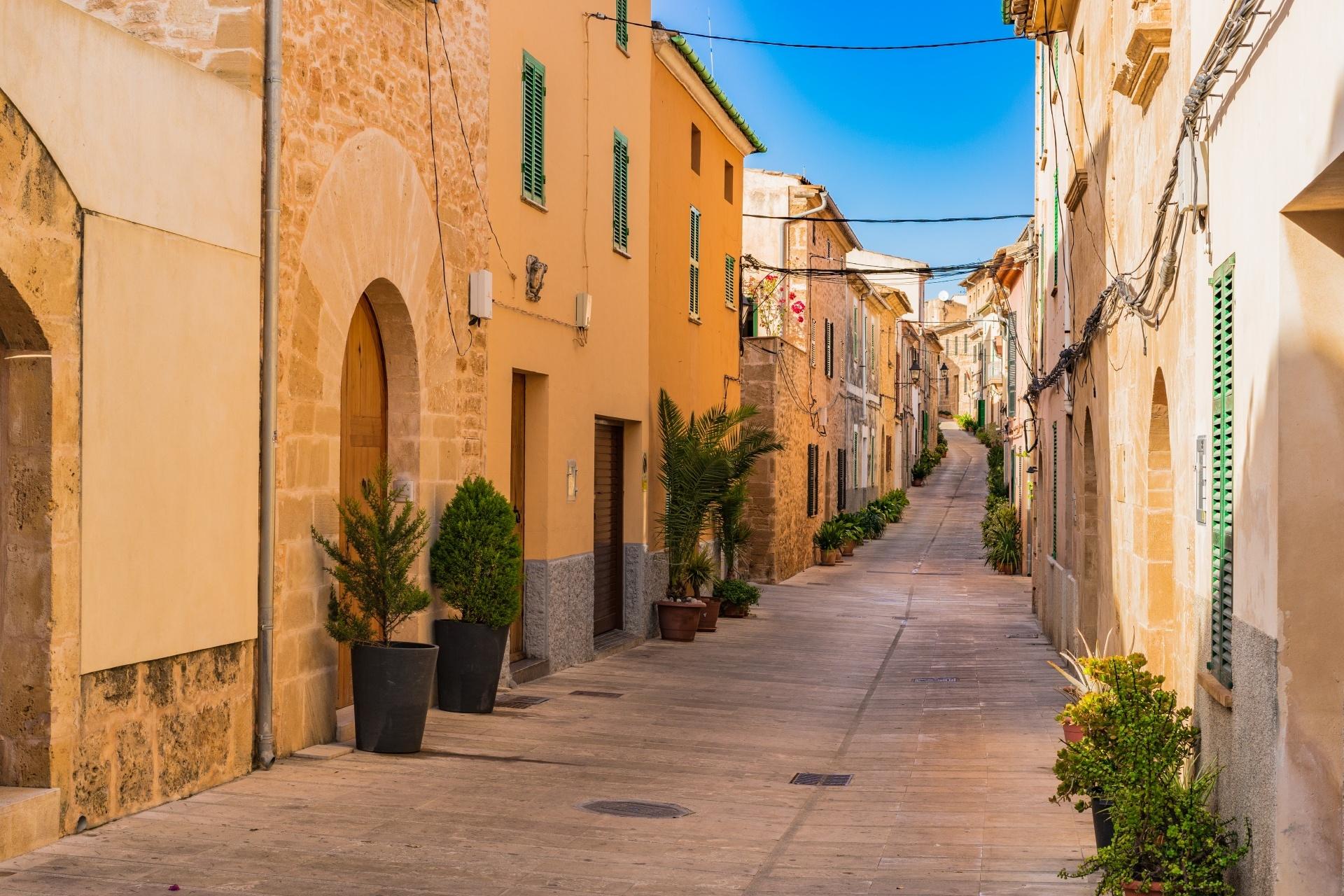 アルクーディアの旧市街の風景 スペインの風景