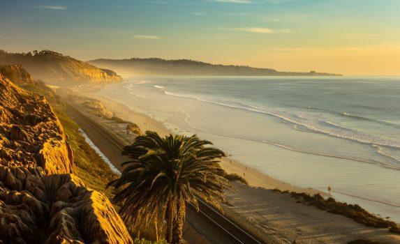 夕暮れ時のカリフォルニア アメリカの風景