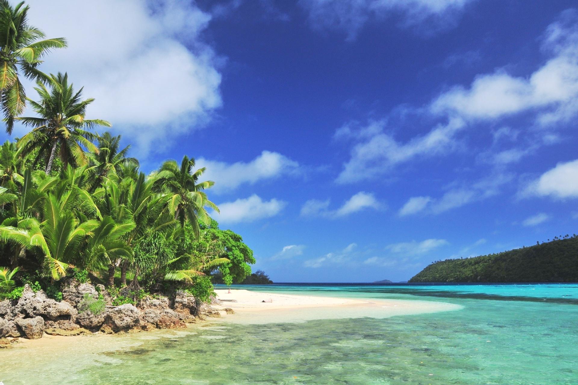 トンガの島と海 トンガ王国の風景