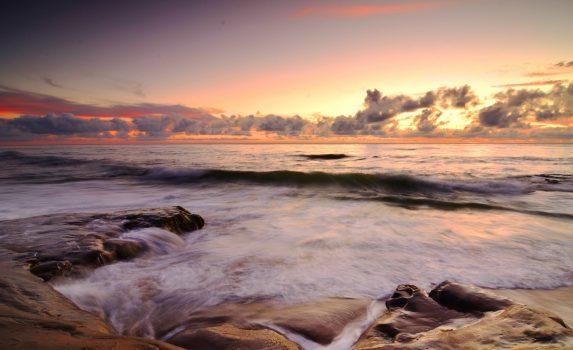 雨上がりの海 カリフォルニアの風景 アメリカの風景
