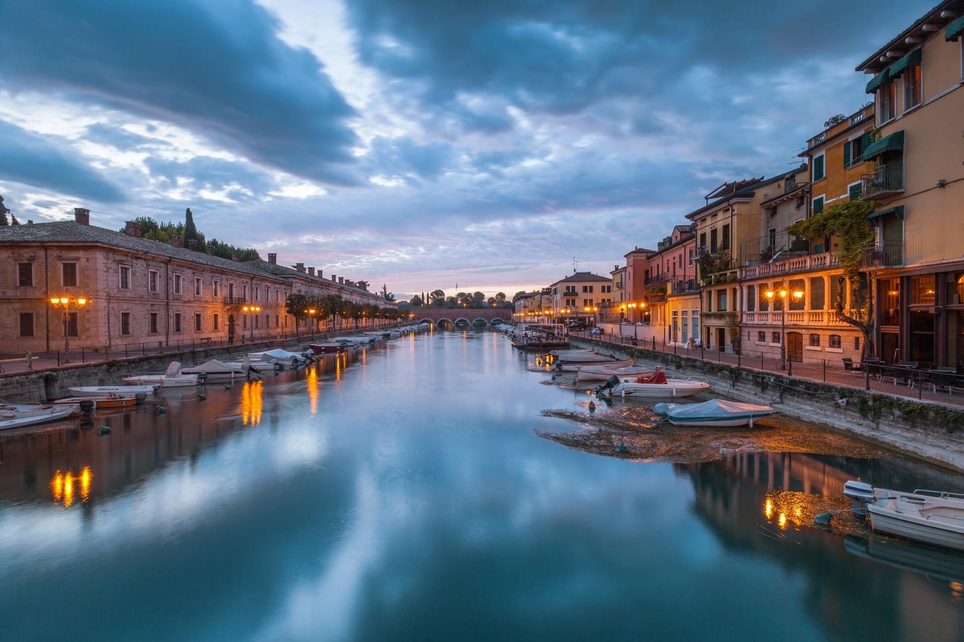 ガルダ湖の風景 イタリアの風景