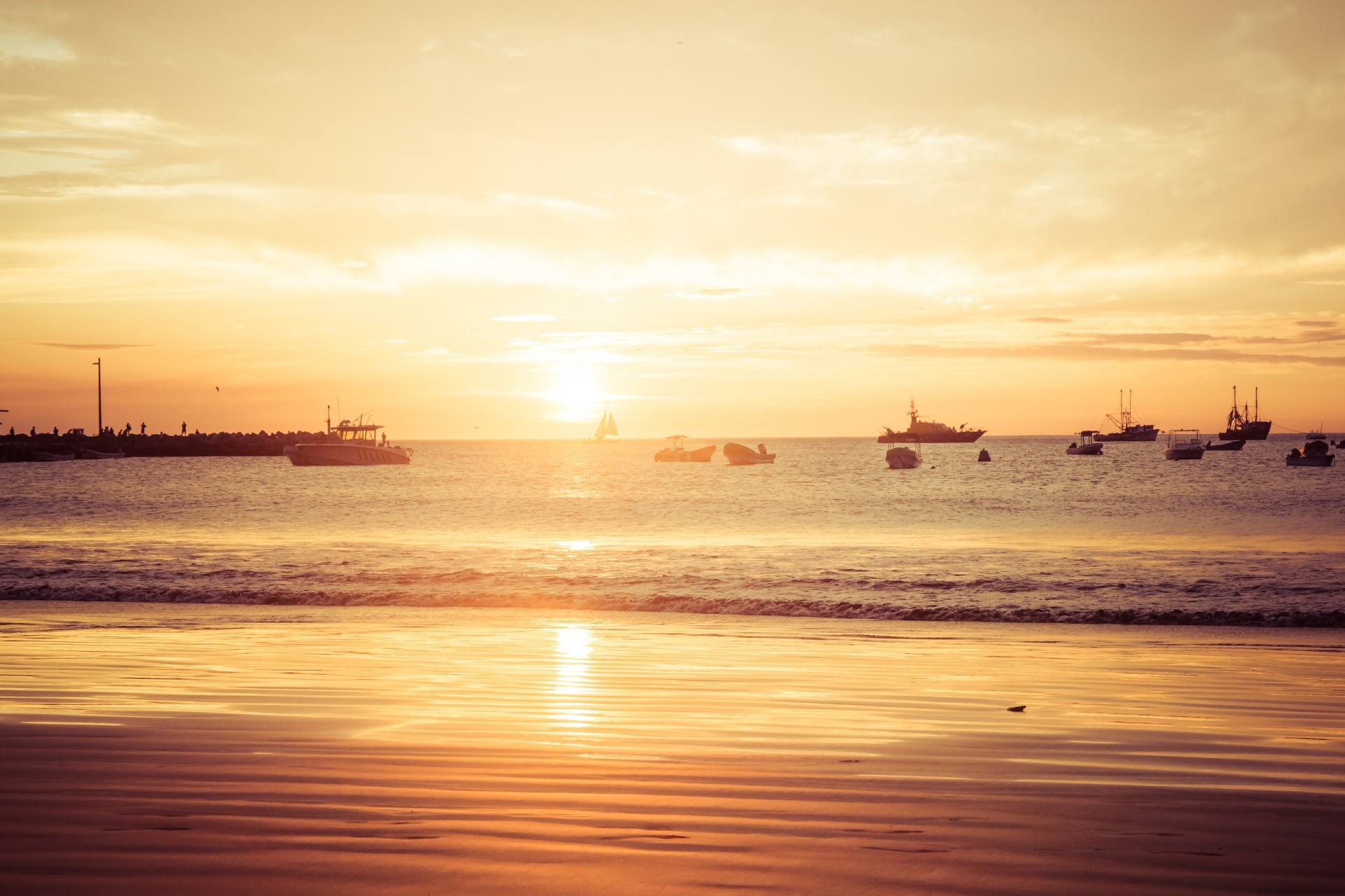 夕暮れのサン・フアン・デル・スルのビーチ ニカラグアの風景