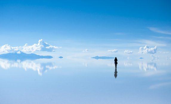 ウユニ塩湖の絶景 ボリビアの風景