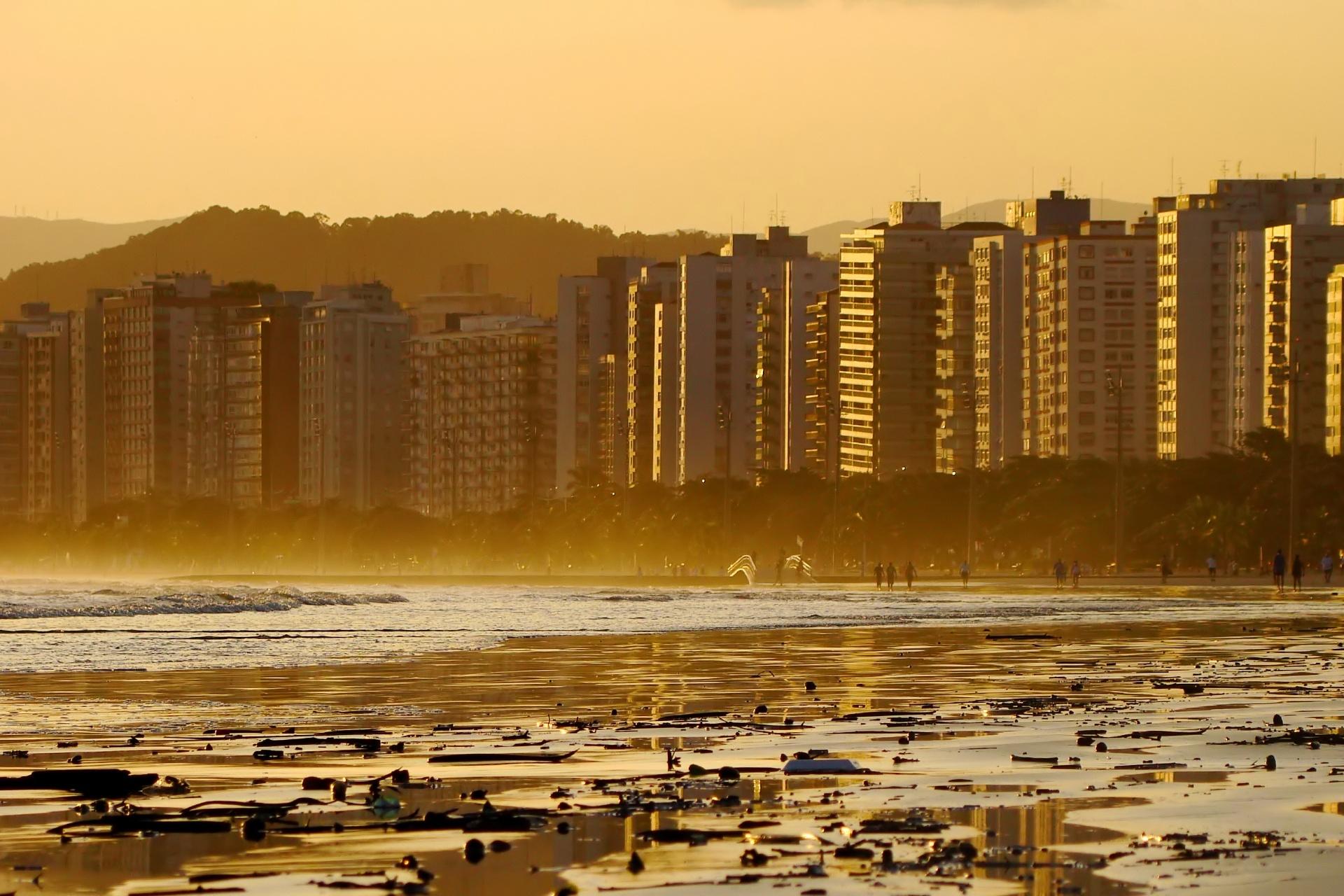 夏の夕暮れ ブラジルの風景