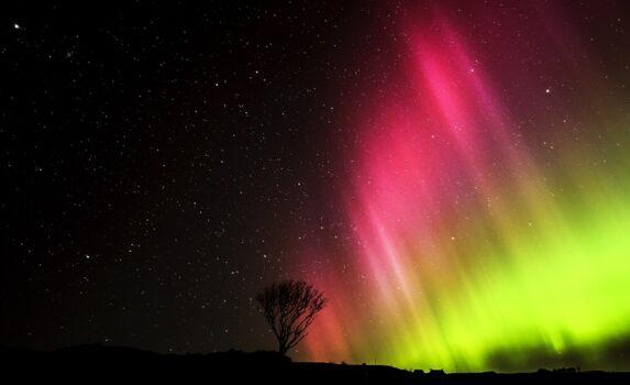 スコットランドで見るオーロラ スコットランドの風景