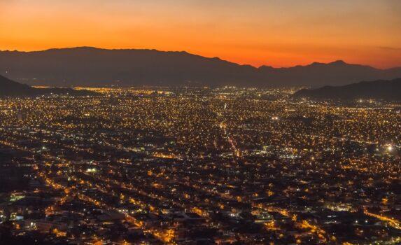 夕暮れのサンティアゴの風景 チリの風景