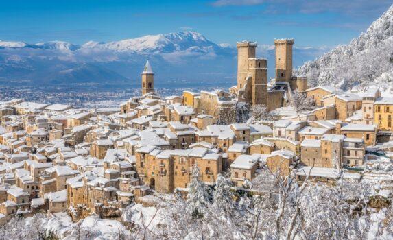 冬のパチェントロ イタリアの風景