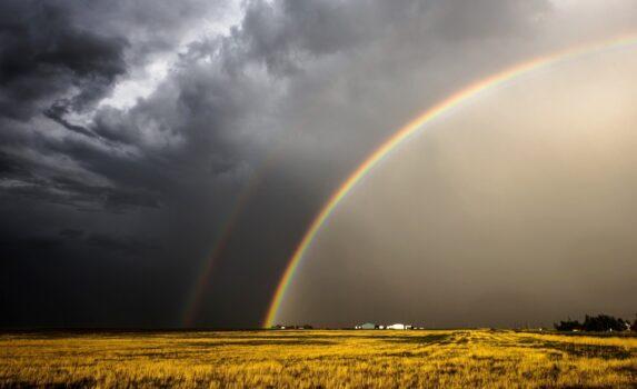 嵐の後の虹の風景 アメリカの風景