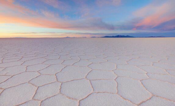 ウユニ塩原 ボリビアの風景