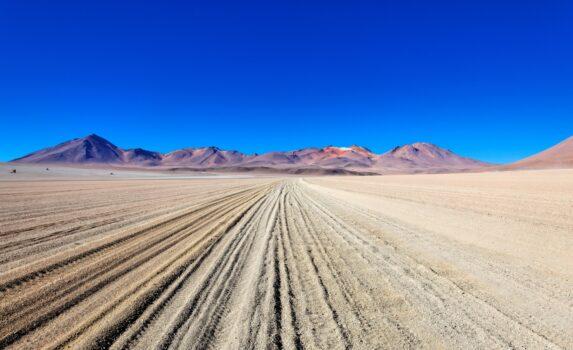 サルバドール・ダリ砂漠の景色 ボリビアの風景