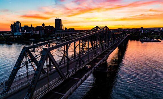 夕暮れのオタワ カナダの風景
