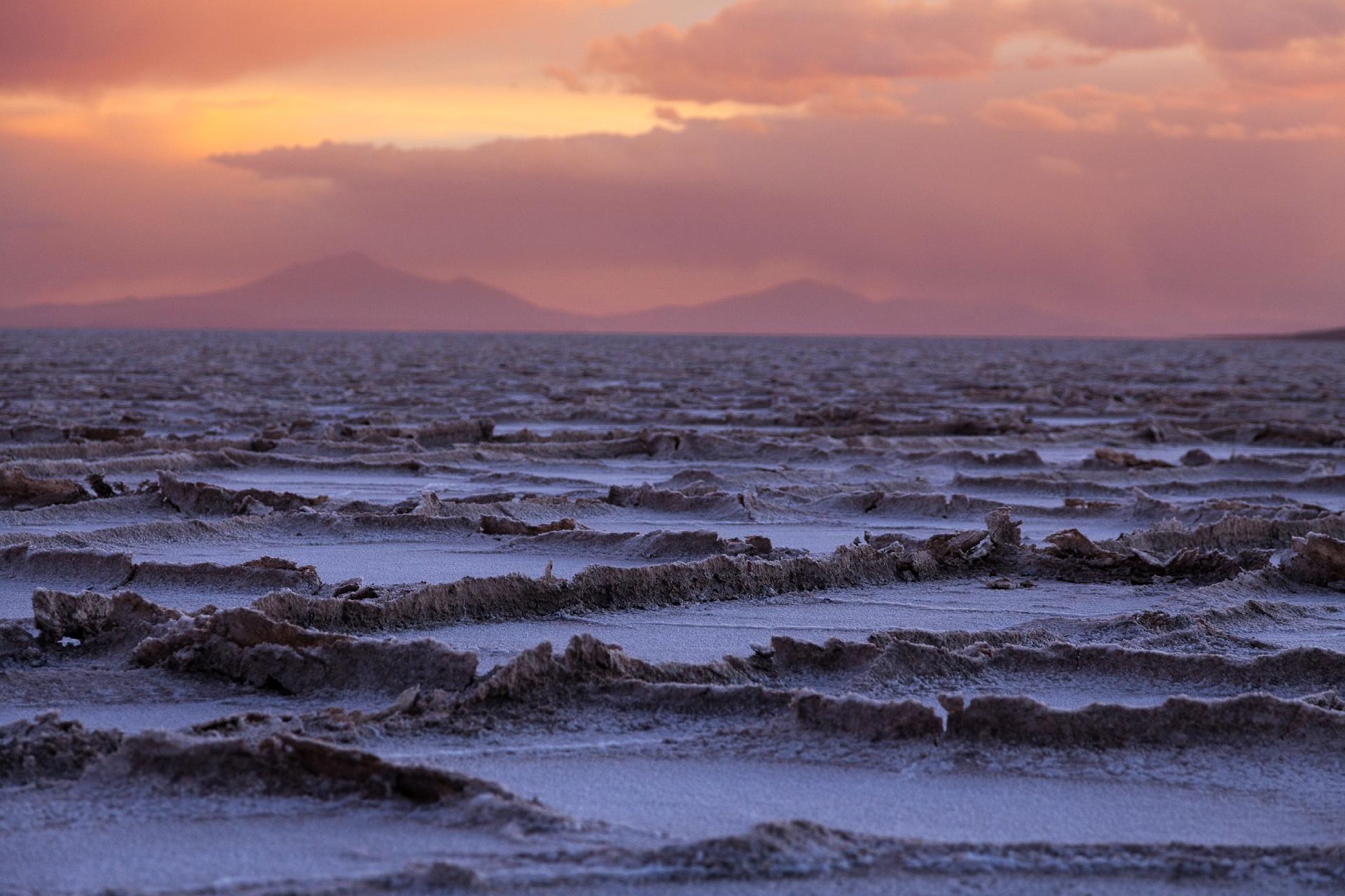 ウユニ塩湖 ボリビアの風景
