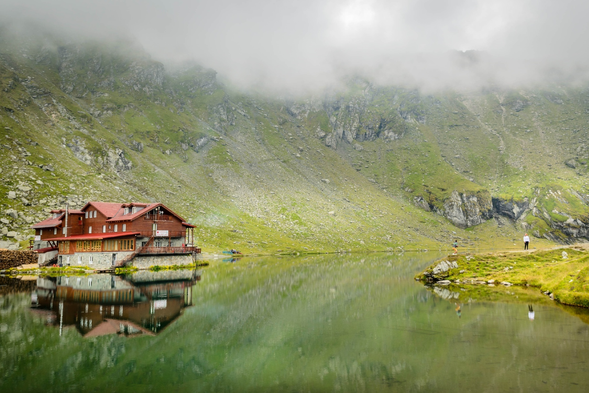 ブレア湖の風景 ルーマニアの風景