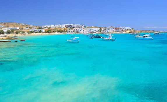 キクラデス諸島の小島 ギリシャの風景