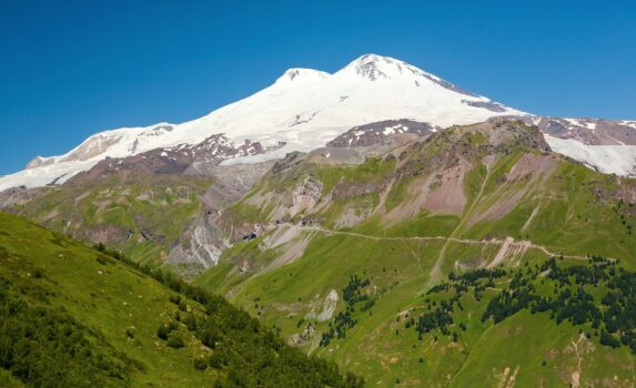 エルブルス山 ロシアの風景