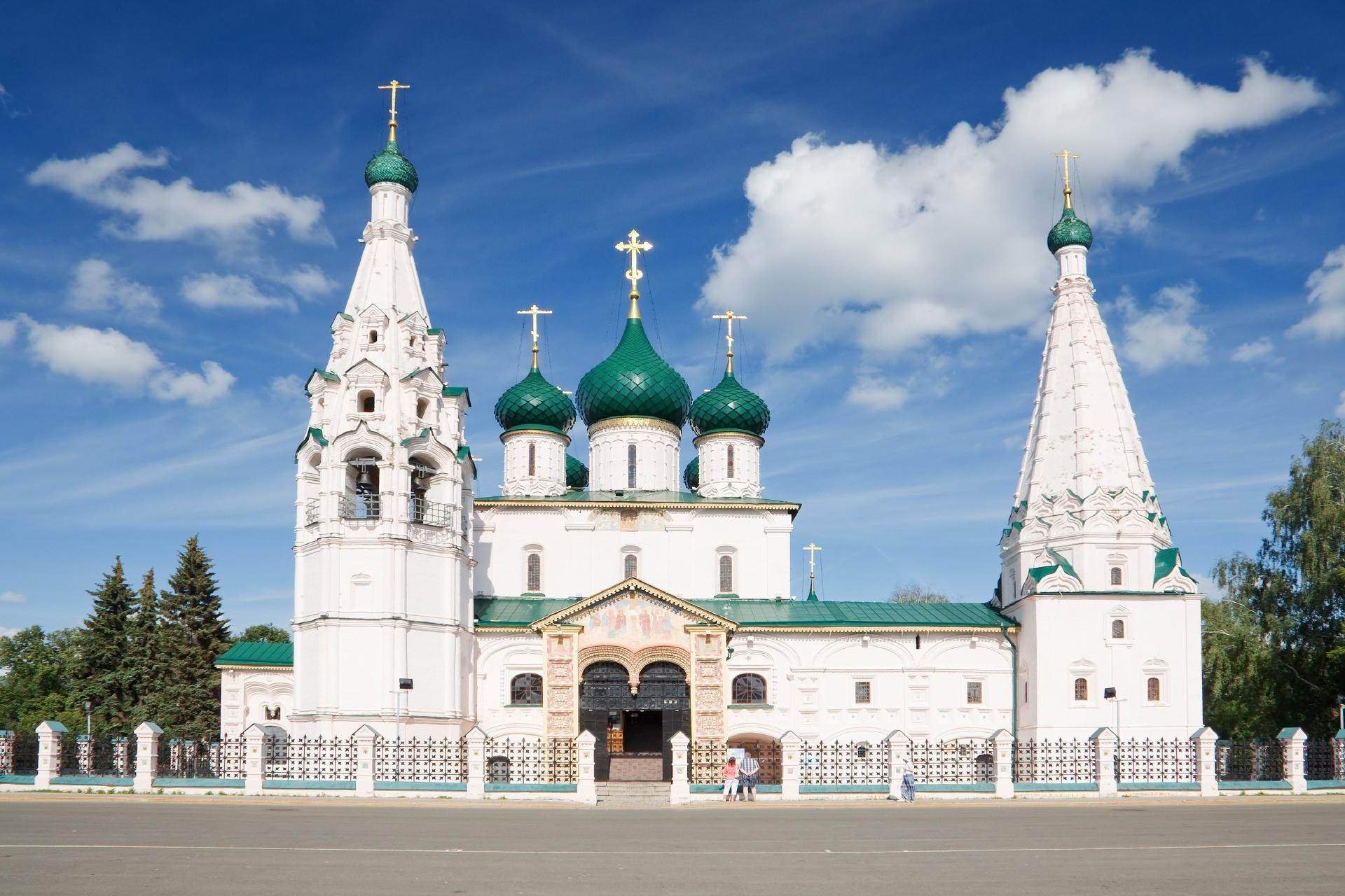 ヤロスラブリの預言者イリヤ聖堂 ロシアの風景