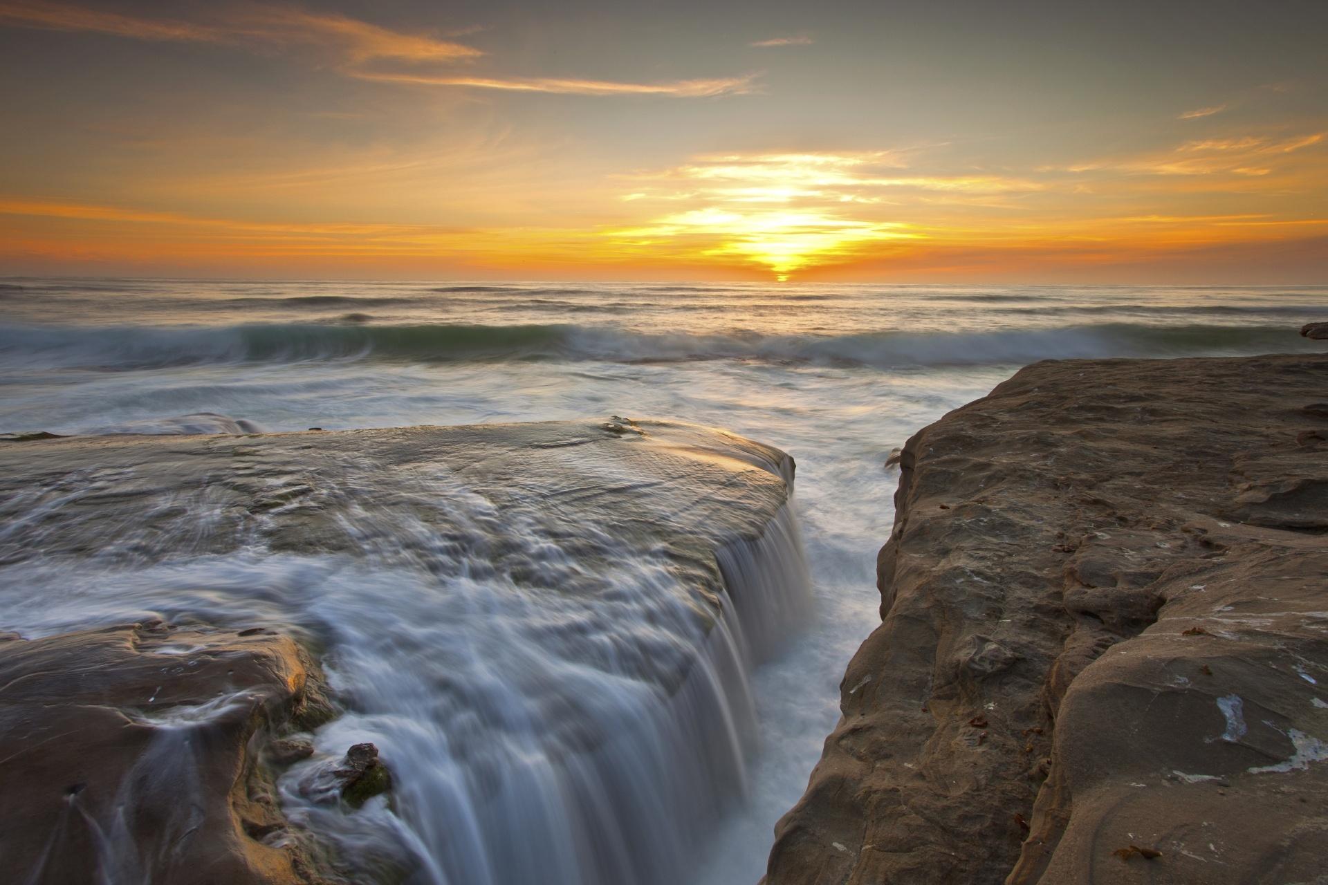 ウィンダンシービーチ アメリカの風景