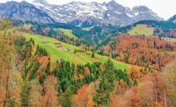 秋のスイスアルプス スイスの風景
