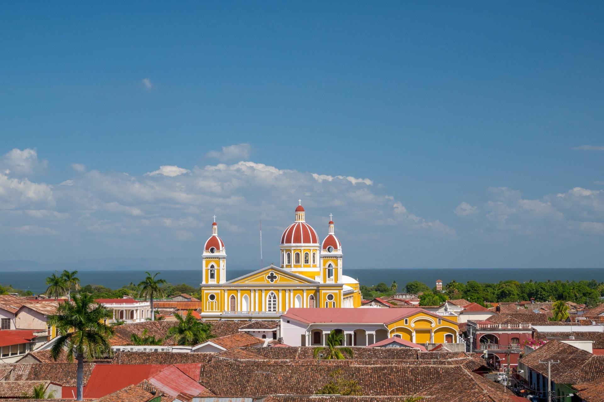 グラナダ大聖堂 ニカラグアの風景