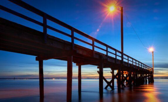 夕暮れの桟橋の風景 カナダの風景