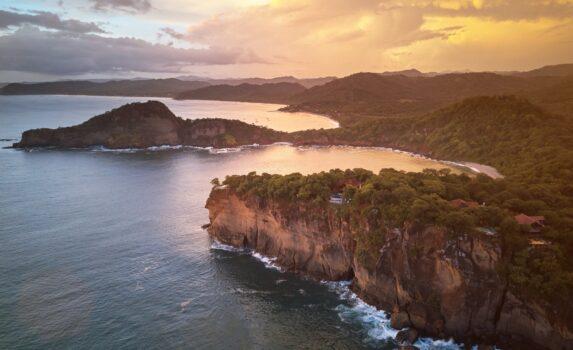 夕暮れの海岸 ニカラグアの風景